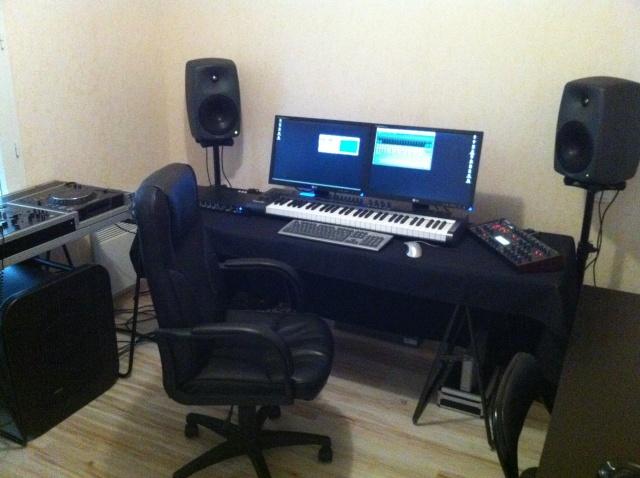 Votre Studio - Page 4 Img_0711
