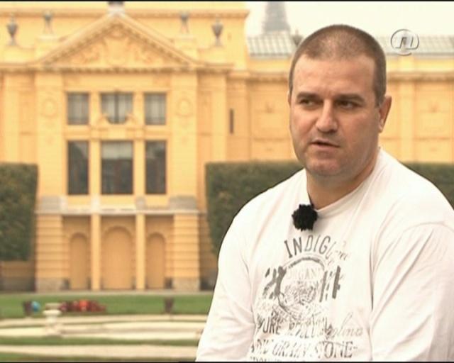 Zoran Bozinovski - NAJVAZNIJA PITANJA NA KOJE CU DATI ODGOVOR U KNJIZI O TOSI PROESKOM 10290811