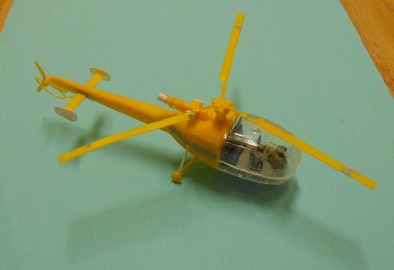 montage Alouette III Heller échelle 1/100ème ( finie ) Dscn0720