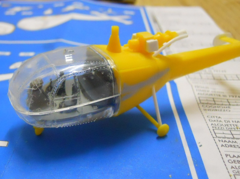 montage Alouette III Heller échelle 1/100ème ( finie ) Dscn0724