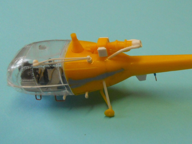montage Alouette III Heller échelle 1/100ème ( finie ) Dscn0726