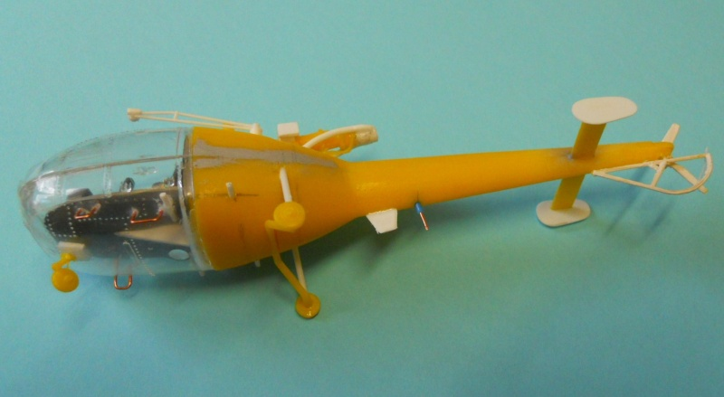 montage Alouette III Heller échelle 1/100ème ( finie ) Dscn0727