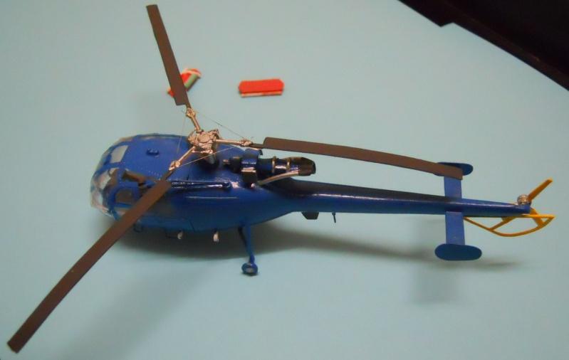 montage Alouette III Heller échelle 1/100ème ( finie ) Dscn0730