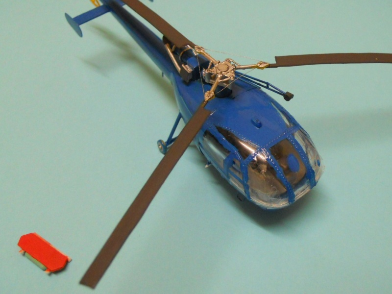 montage Alouette III Heller échelle 1/100ème ( finie ) Dscn0731