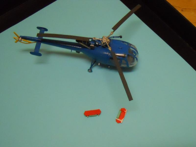 montage Alouette III Heller échelle 1/100ème ( finie ) Dscn0733