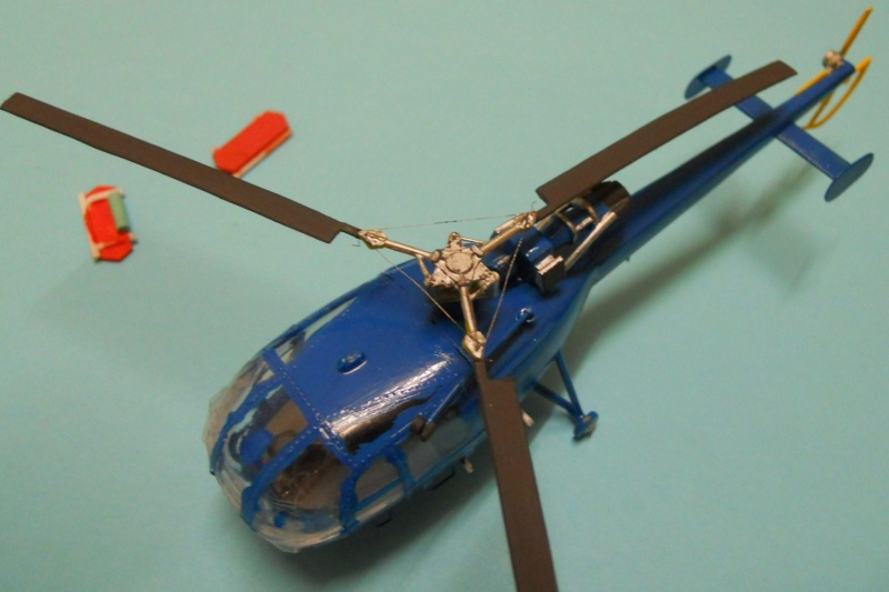 montage Alouette III Heller échelle 1/100ème ( finie ) Dscn0734