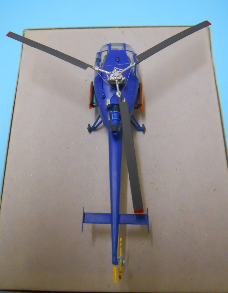montage Alouette III Heller échelle 1/100ème ( finie ) Dscn0738