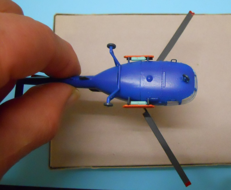 montage Alouette III Heller échelle 1/100ème ( finie ) Dscn0740
