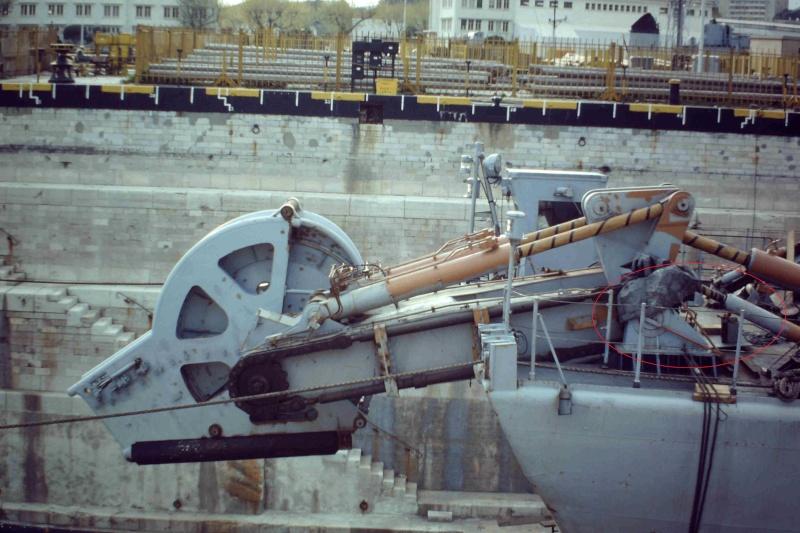 """Escorteur d'escadre """"La Galissonnière""""  plan MRB 1/100è (le chantier a réouvert ses portes) - Page 2 Mecani10"""