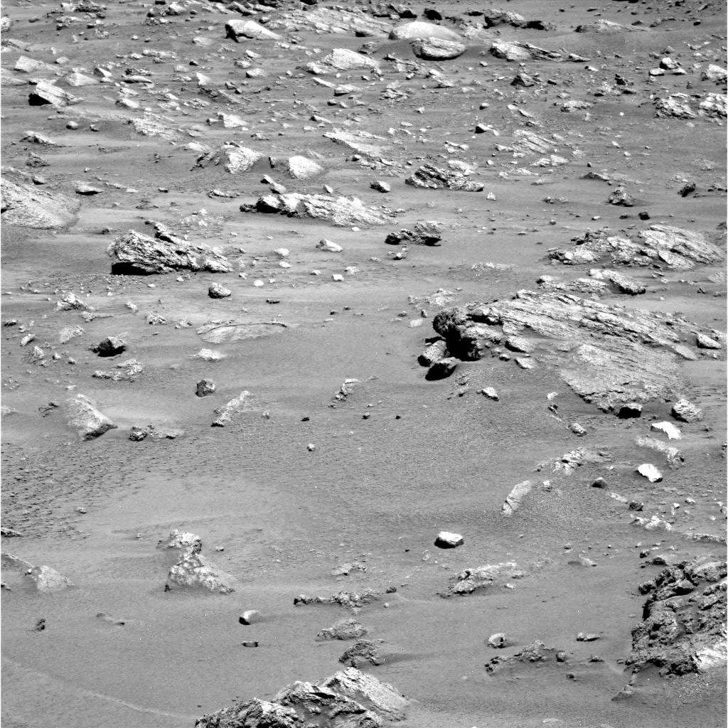 Mars - Lander and Rover Images 2p181413