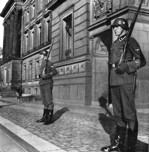 SS Junkerschule Les ecoles des officiers de la SS 43810