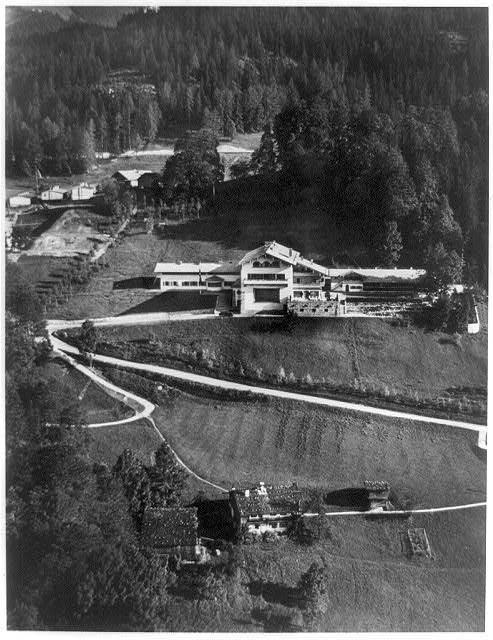 Le Berghof   Residence du Fuehrer Aerial10