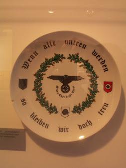 La Wewelsburg  Centre Spirituelle de la SS Assiet11