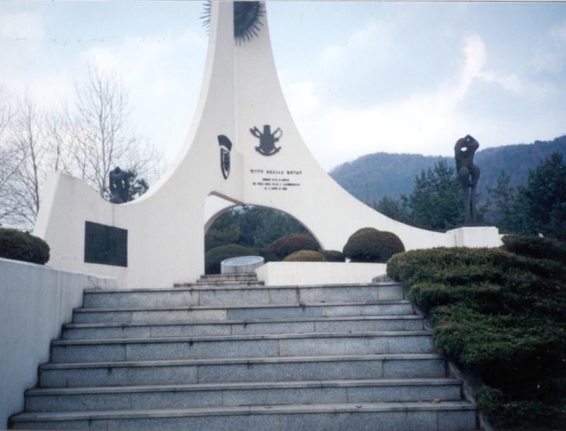 La battaillon Belgo-Luxembourgeoise en Corée Belmon13