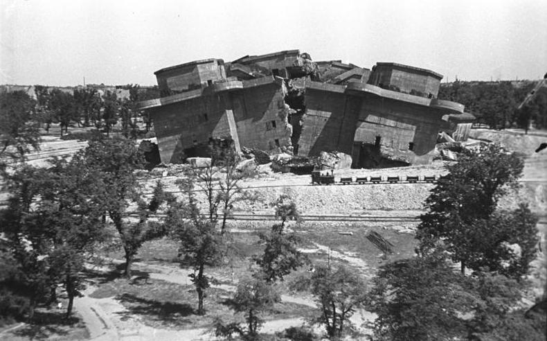 Les Flakturm (tour de la DCA),Les bunkers unique au monde Bundes40