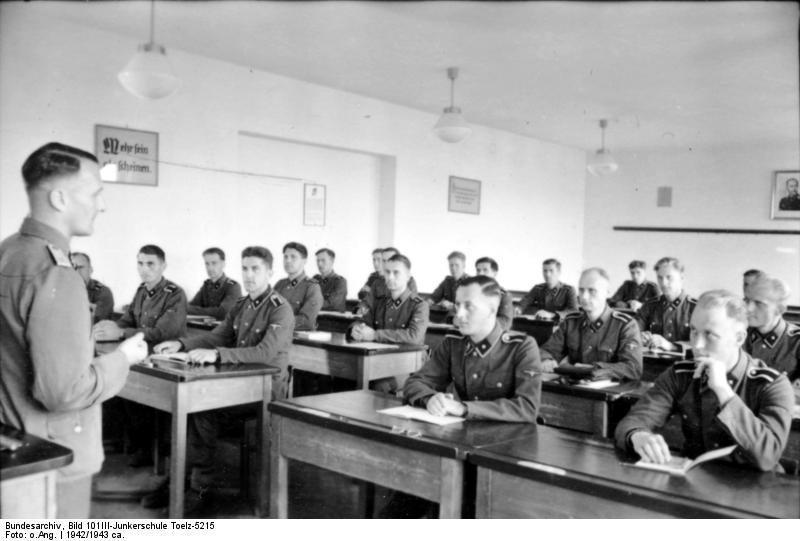 SS Junkerschule Les ecoles des officiers de la SS Bundes49