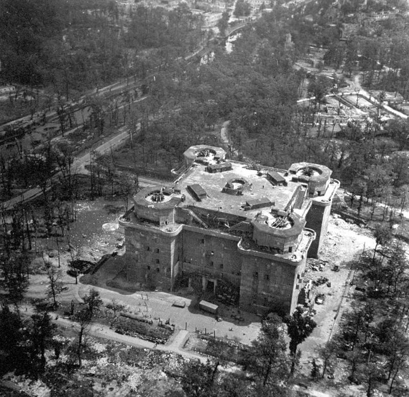 Les Flakturm (tour de la DCA),Les bunkers unique au monde Excell10