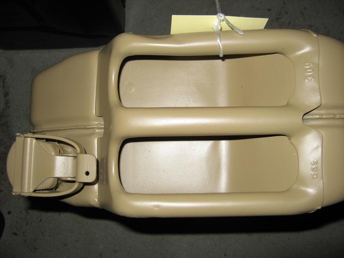 Le Jerrycan 20 litres (Kraftstoffkanister) Frontm11