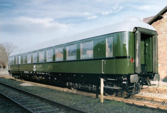 Amerika    Le train de Hitler Salonw10