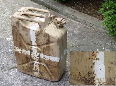 Le Jerrycan 20 litres (Kraftstoffkanister) Wasser11