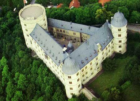 La Wewelsburg  Centre Spirituelle de la SS Wewels10