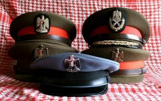 Prises de Guerre/House of SADDAM : Les coiffes de service 3a10