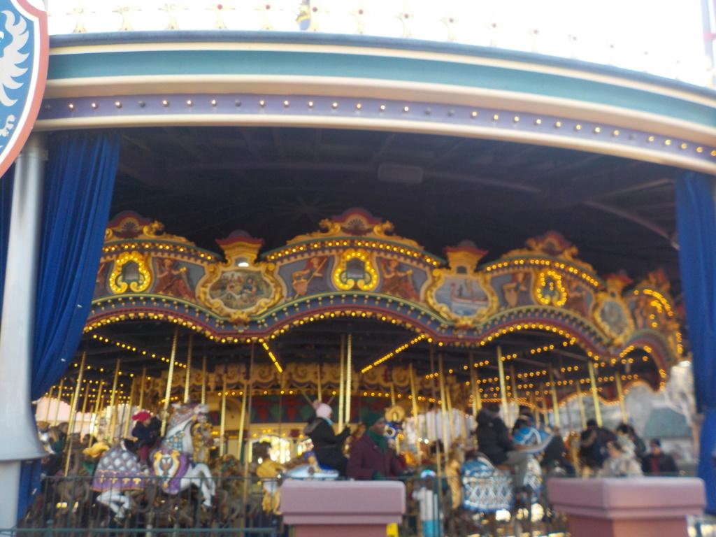 Deux saisons pour le prix d'une !!! Disneyland Hôtel janvier 2019 - Page 4 Dscn3416