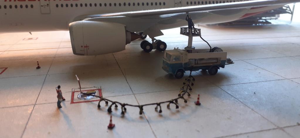Réalisation de la maquette 1/144 d' un aéroport international (scratch) - Page 18 20200255