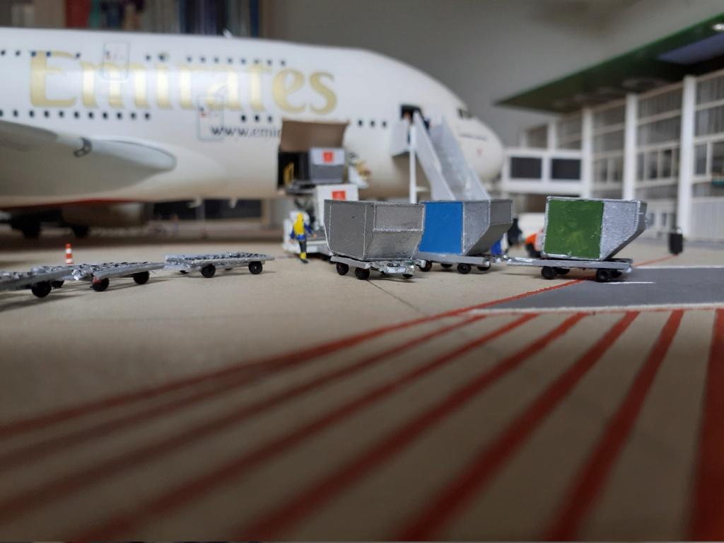 Réalisation de la maquette 1/144 d' un aéroport international (scratch) - Page 19 20200347