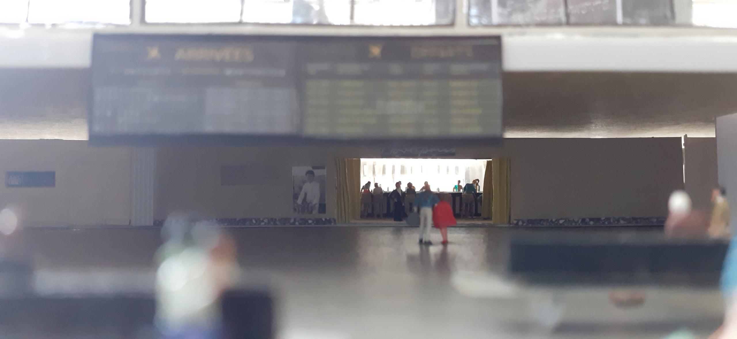 Réalisation de la maquette 1/144 d' un aéroport international (scratch) - Page 17 20200560