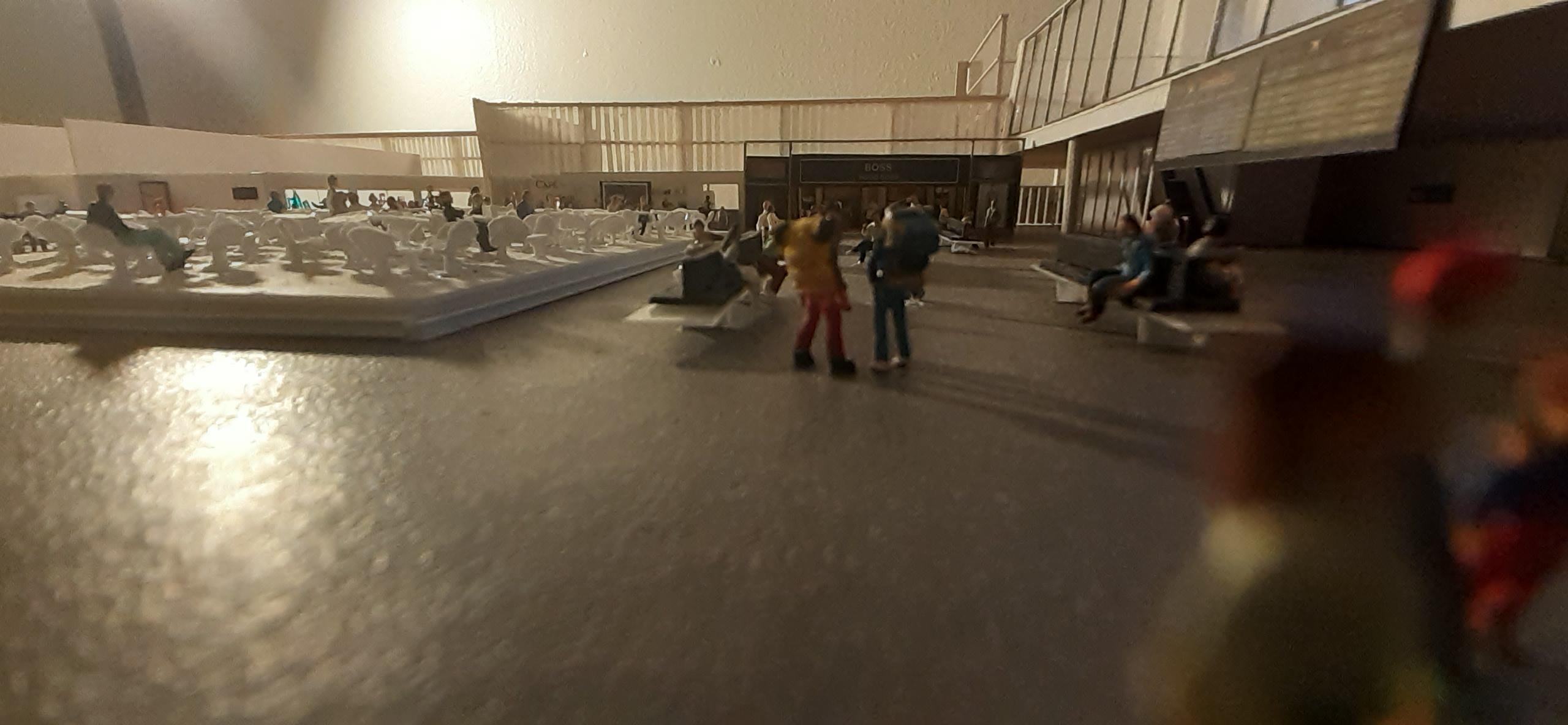 Réalisation de la maquette 1/144 d' un aéroport international (scratch) - Page 17 20200579