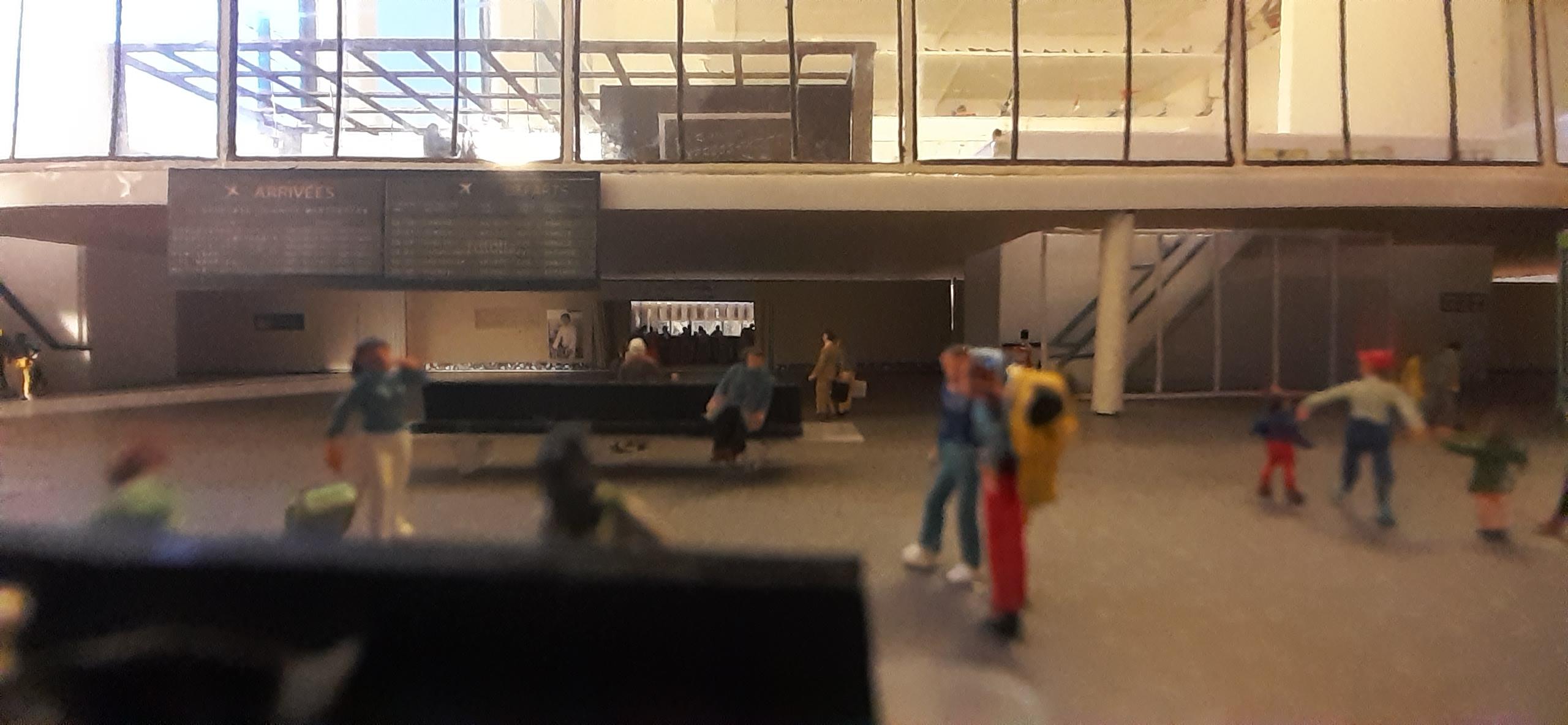 Réalisation de la maquette 1/144 d' un aéroport international (scratch) - Page 17 20200580