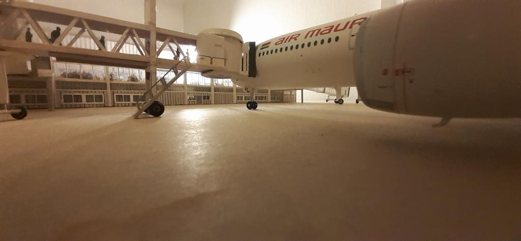 Réalisation de la maquette 1/144 d' un aéroport international (scratch) - Page 17 20200596