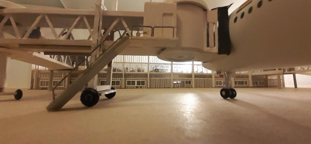 Réalisation de la maquette 1/144 d' un aéroport international (scratch) - Page 17 20200597