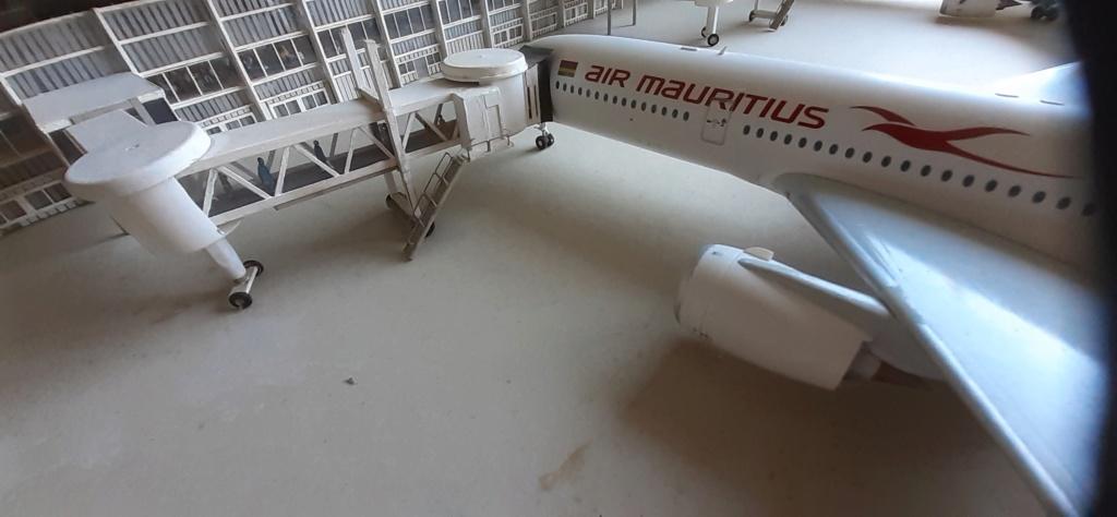 Réalisation de la maquette 1/144 d' un aéroport international (scratch) - Page 17 20200598