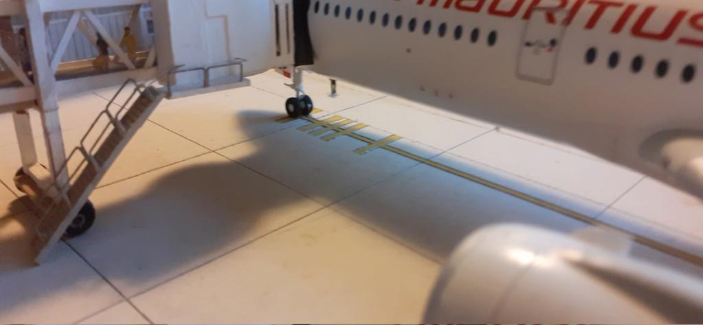 Réalisation de la maquette 1/144 d' un aéroport international (scratch) - Page 17 20200630