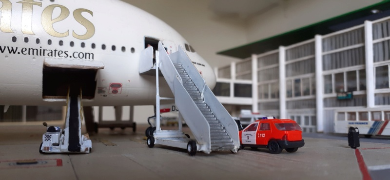 Réalisation de la maquette 1/144 d' un aéroport international (scratch) - Page 18 20200820