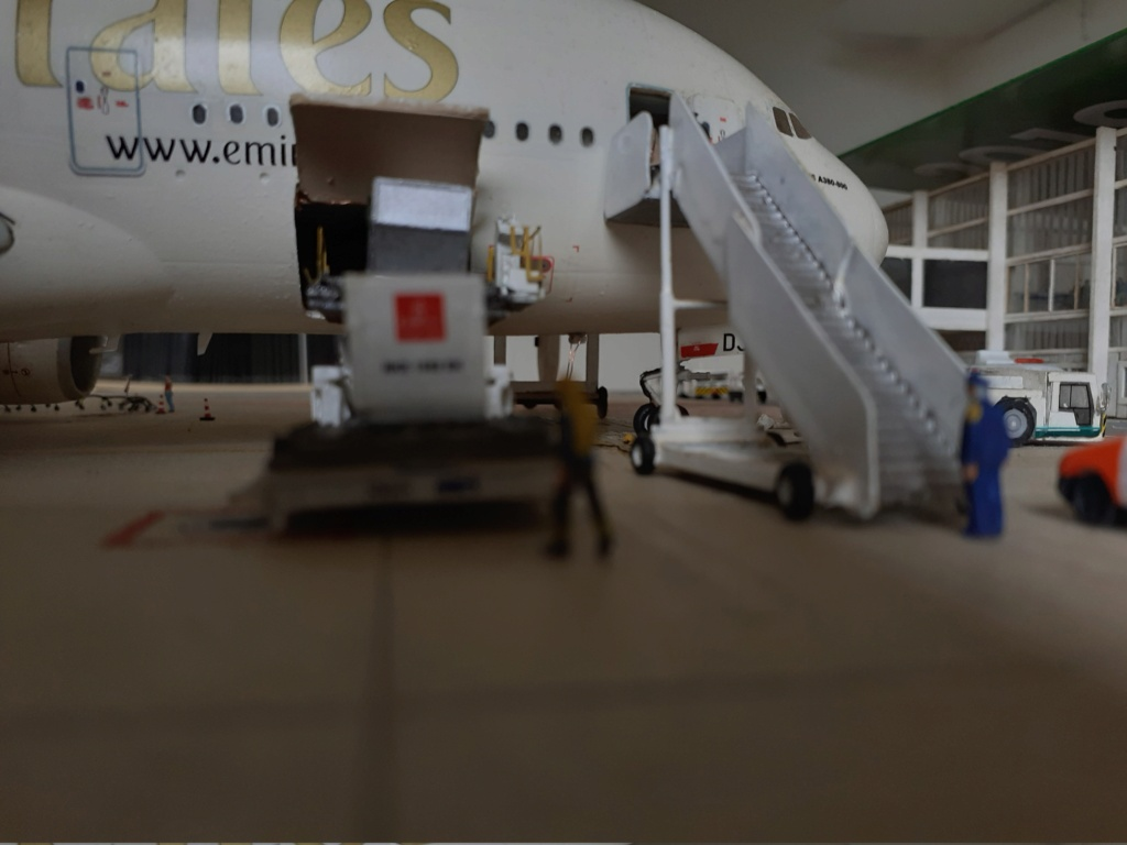 Réalisation de la maquette 1/144 d' un aéroport international (scratch) - Page 19 20200854