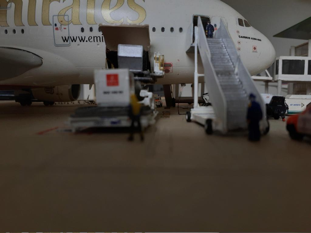 Réalisation de la maquette 1/144 d' un aéroport international (scratch) - Page 19 20200855