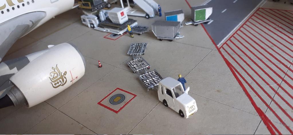 Réalisation de la maquette 1/144 d' un aéroport international (scratch) - Page 19 20200929