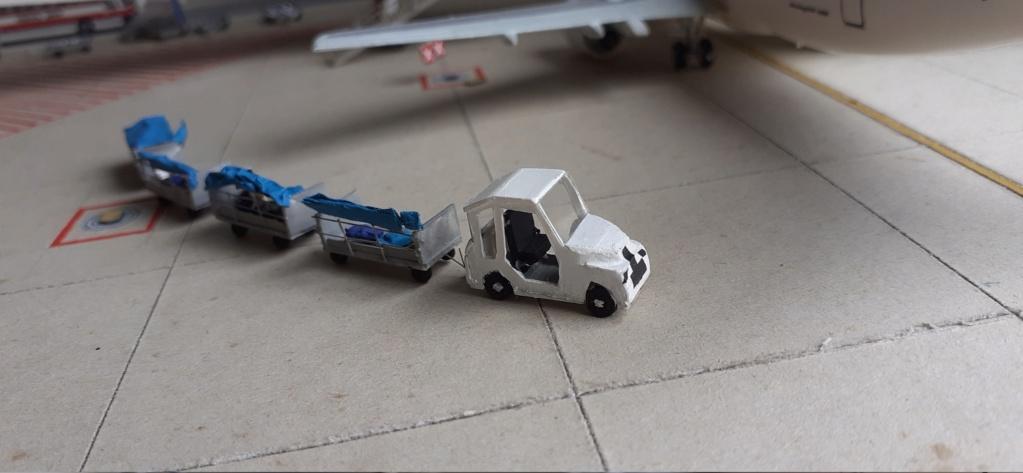 Réalisation de la maquette 1/144 d' un aéroport international (scratch) - Page 19 20200930