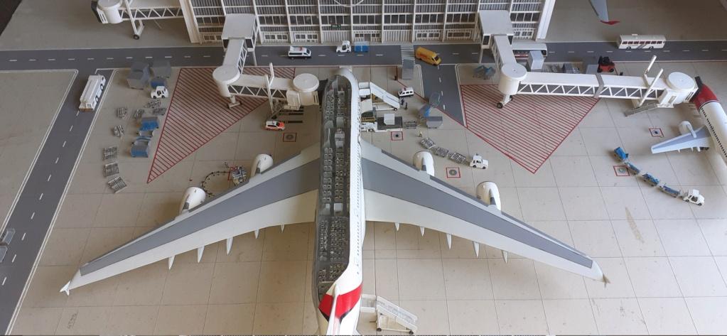 Réalisation de la maquette 1/144 d' un aéroport international (scratch) - Page 19 20200962