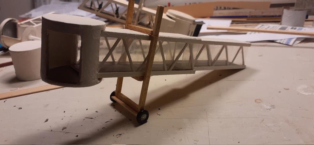 Réalisation de la maquette 1/144 d' un aéroport international (scratch) - Page 20 20201031