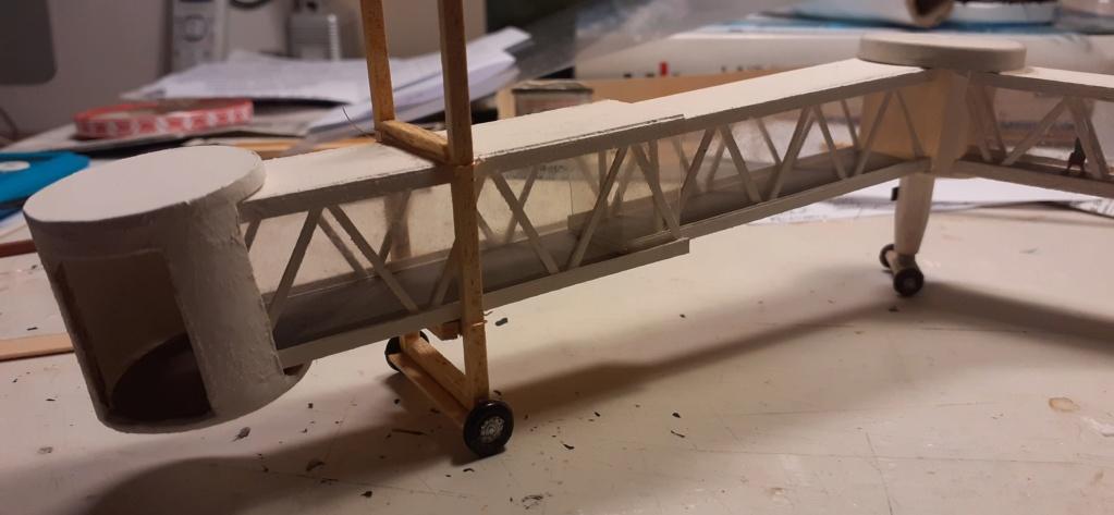 Réalisation de la maquette 1/144 d' un aéroport international (scratch) - Page 20 20201033