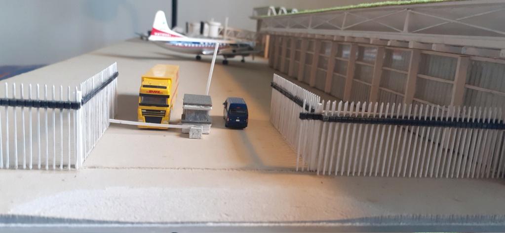 Réalisation de la maquette d'un Aéroport International (scratch) 1/144ème - Page 6 20210594