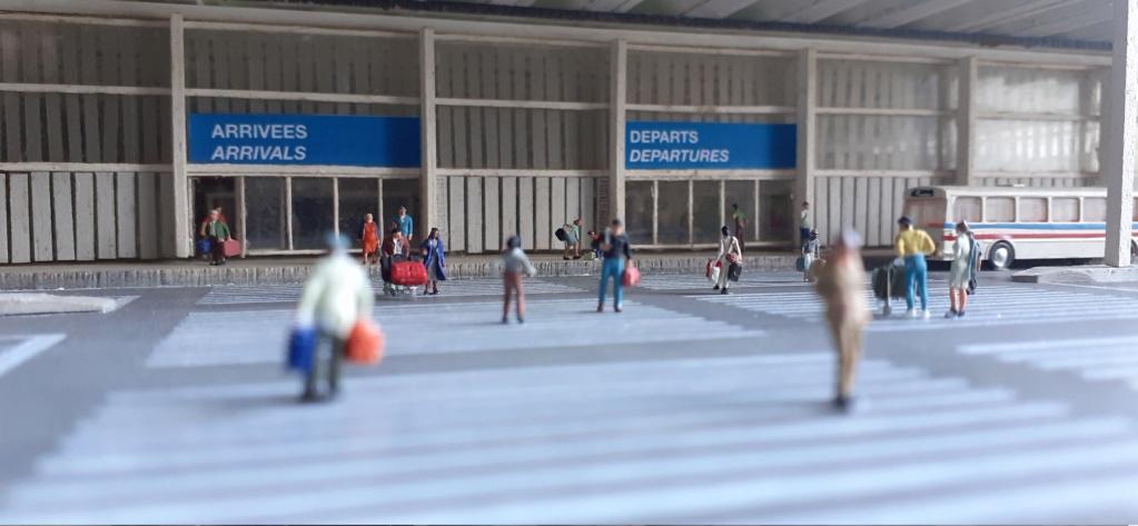 Réalisation de la maquette d'un Aéroport International (scratch) 1/144ème - Page 6 20210631