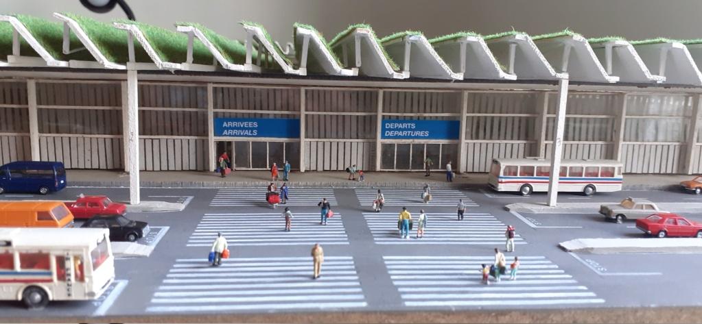 Réalisation de la maquette d'un Aéroport International (scratch) 1/144ème - Page 6 20210634