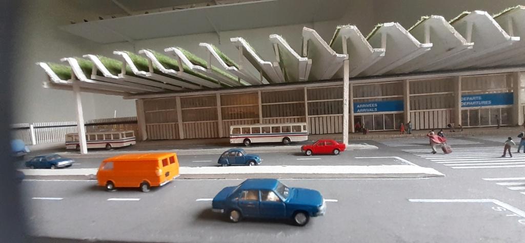 Réalisation de la maquette d'un Aéroport International (scratch) 1/144ème - Page 6 20210681