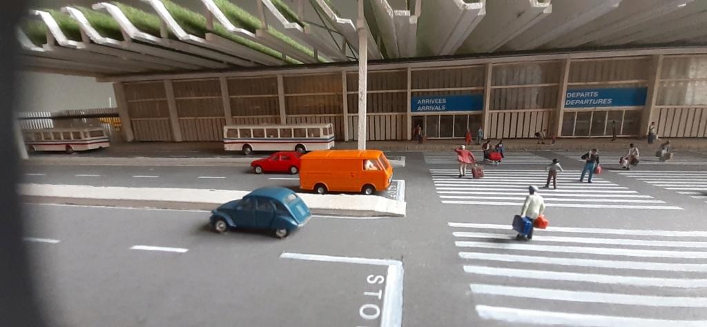 Réalisation de la maquette d'un Aéroport International (scratch) 1/144ème - Page 6 20210684