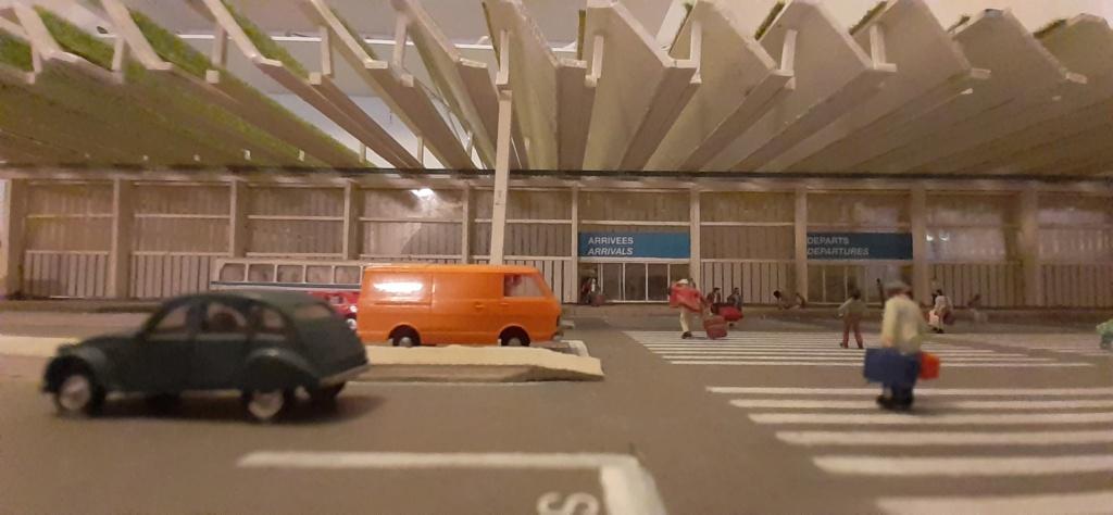Réalisation de la maquette d'un Aéroport International (scratch) 1/144ème - Page 6 20210688